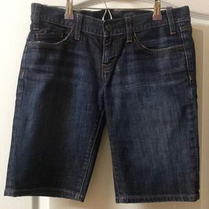 GAP blue jean denim Bermuda shorts size 6